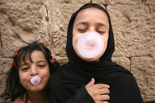 bubble gum girls san'a by Stuart Butler / Oceansurf