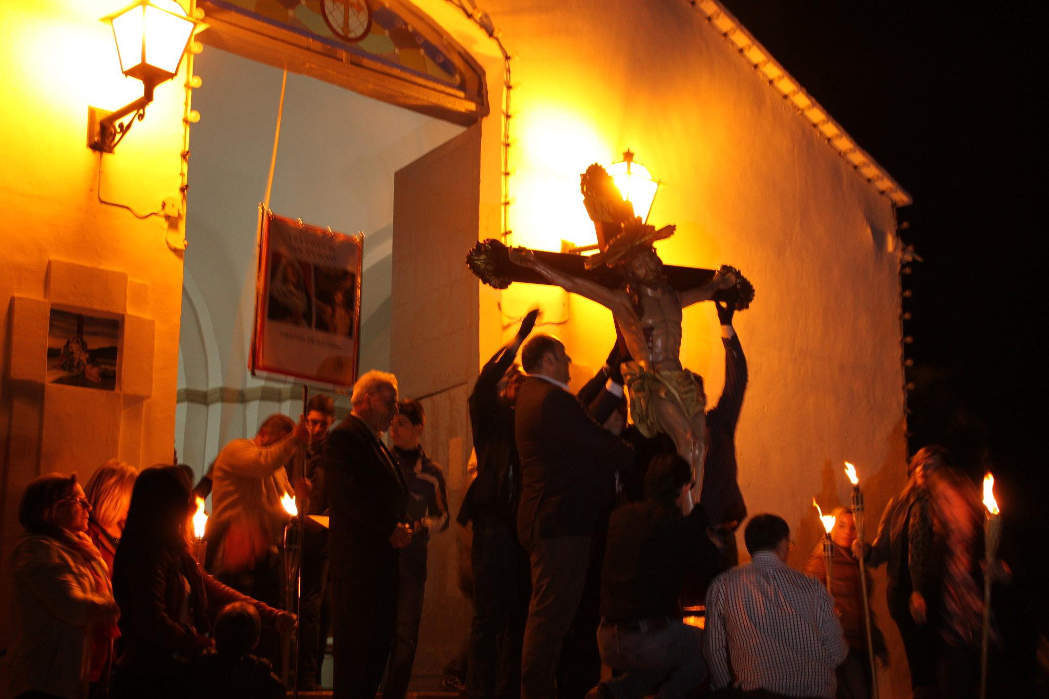 (2014-04-01) -  V Vía Crucis nocturno - Javier Romero Ripoll (08)