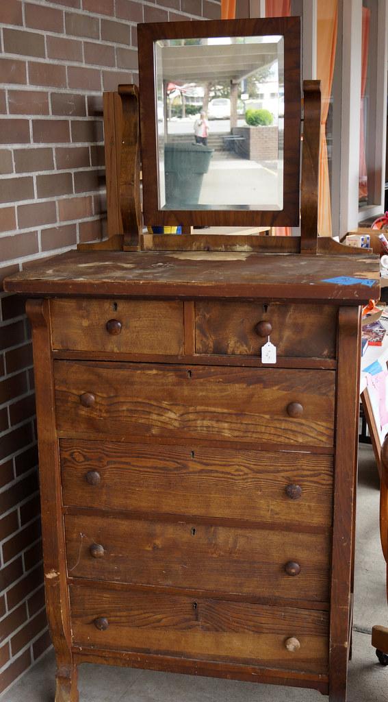 Sale at Castle Rock Mercantile Antique Mall DSC01387