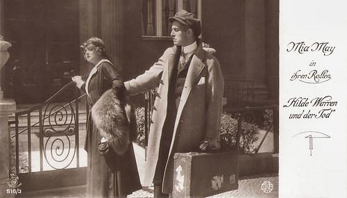 Mia May and Bruno Kastner in Hilde Warren und der Tod (1917)