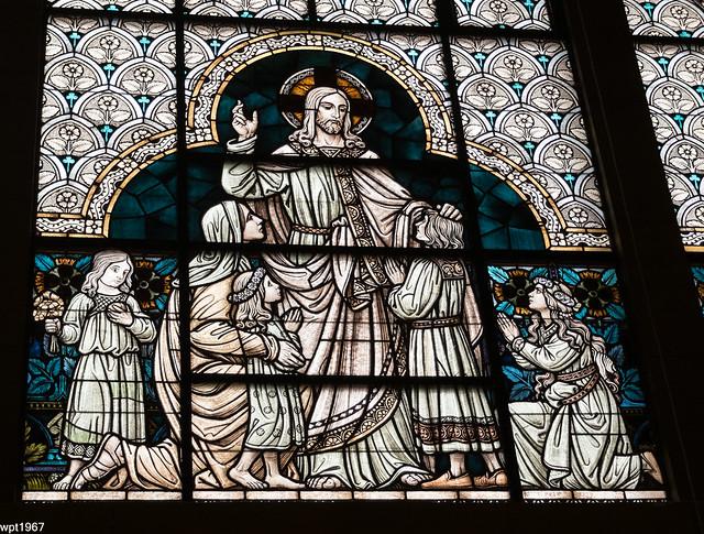 Aber Jesus sprach: Lasset die Kindlein zu mir kommen und wehret ihnen nicht, denn solcher ist das Reich Gottes
