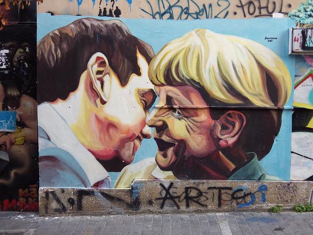 Tsipras/Merkel Bruderkuss