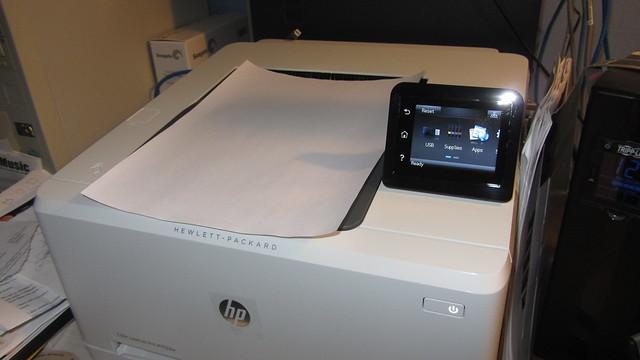 IMG_4200 HP color laserjet pro M252dw 1st curled paper out