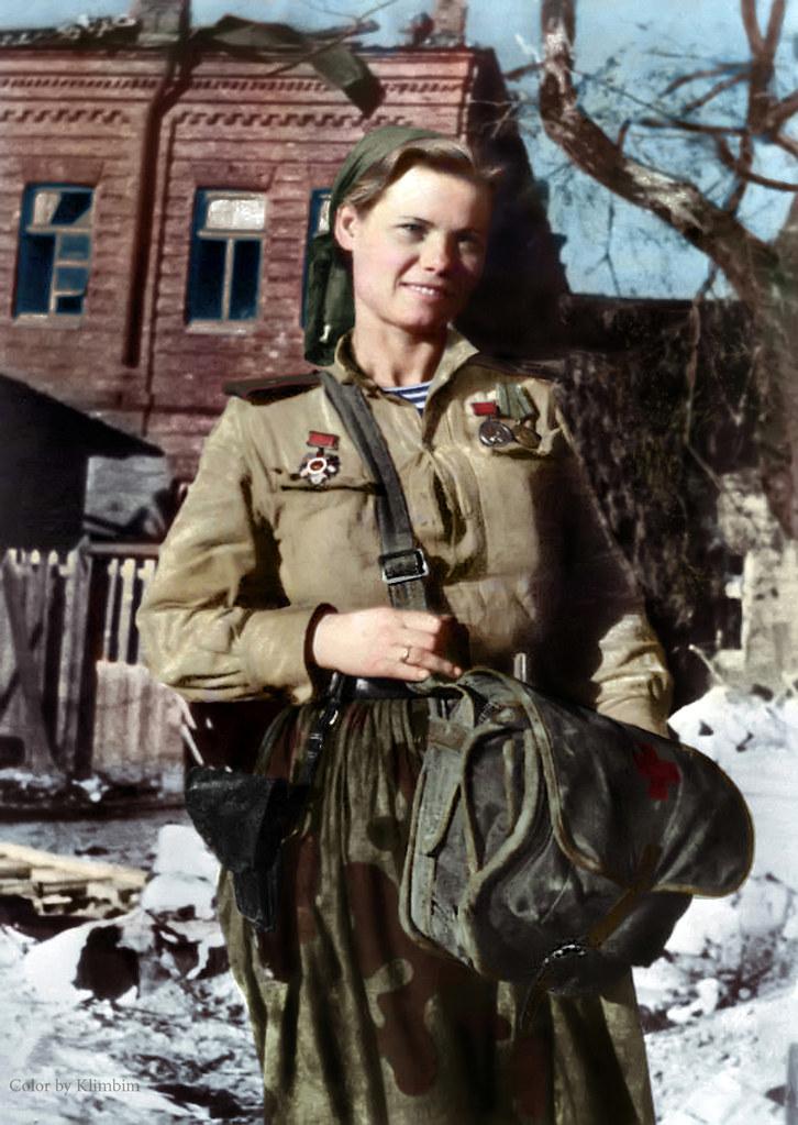 Combat medic, marine infantry, 1943 | Санинструктор морской