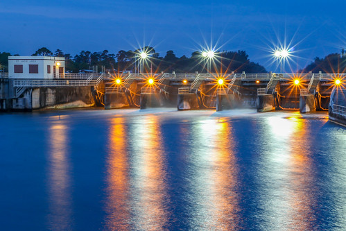 seascape reflection water st night outside florida dam stuart reflect sparkling southfork landscapeoutdoors lucieriver lightssparkle lucielockdam
