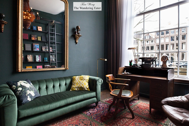 Book Collector's Suite