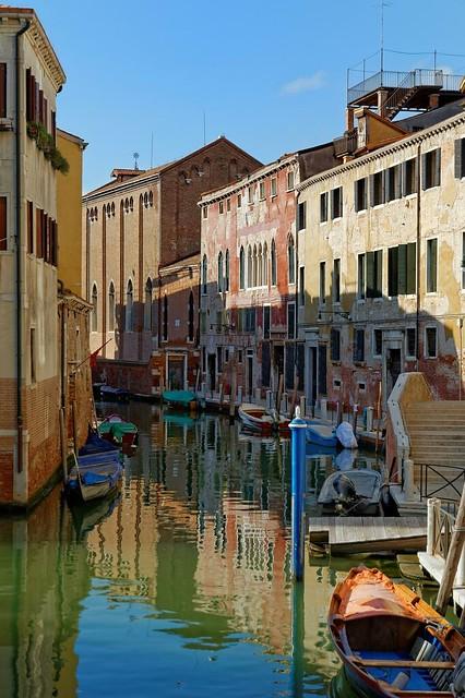 Venice : Light and Shadow on the Santa Fosca rio