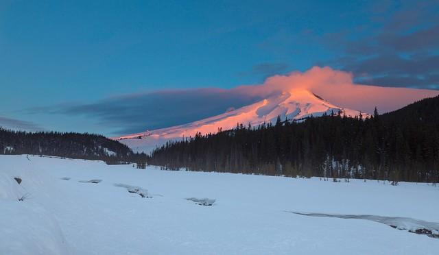 Mt Hood at Sunrise (Mt Hood NF, OR)