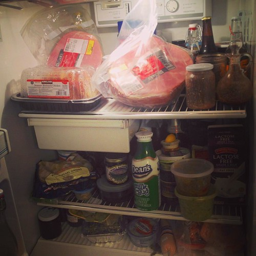 How many kinds of meat can I fit into my fridge? Well, two hams, a roast chicken, a leg of lamb, paté and beef fajitas seem like a good start. Now to start cooking so that we'll have space for all the other vegetables and desserts... #fridgefull #menuplan | by Emily Barney