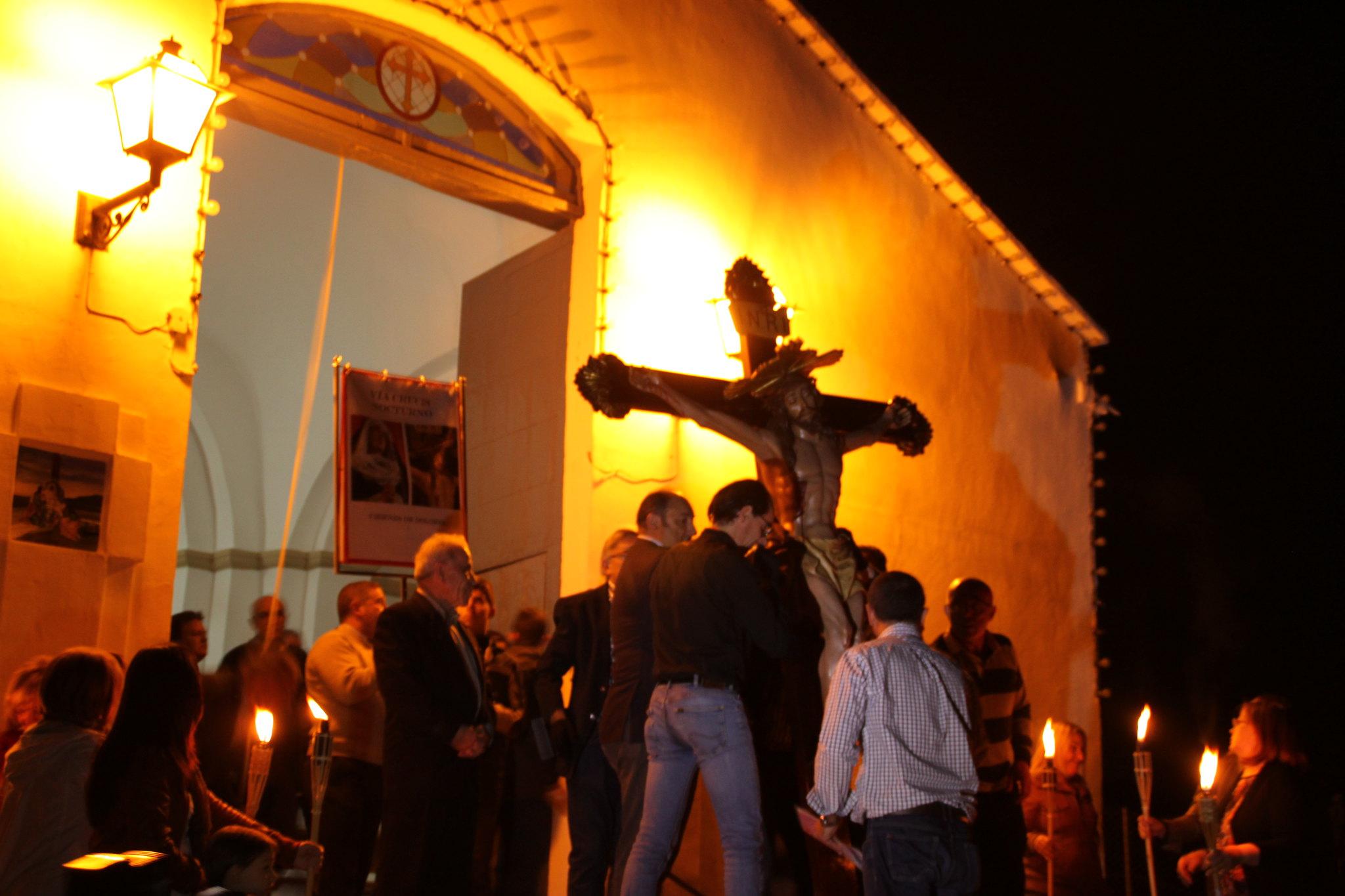 (2014-04-01) -  V Vía Crucis nocturno - Javier Romero Ripoll (09)