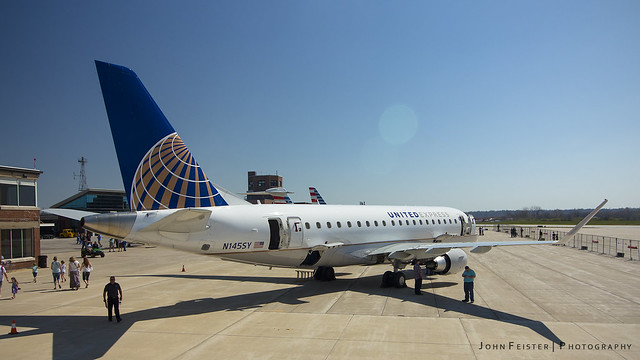 United Express N145SY - Purdue University Airport