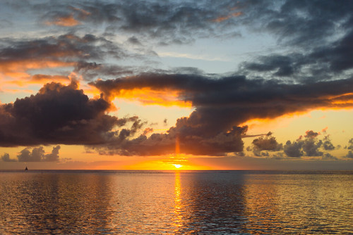 ocean sunset sky clouds evening tahiti moorea hiltonhotel