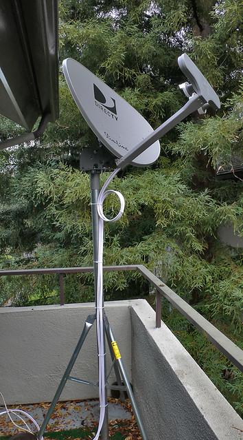 Direct Tv Satellite >> Direct Tv Satellite Dish That S 4 Cables 2 Twin Pairs Of