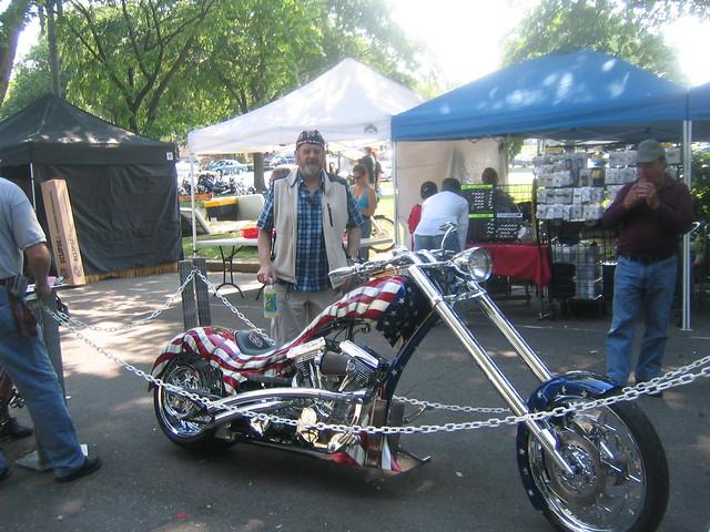 012_Custom_Bike_Pops