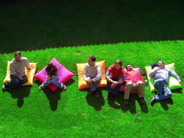 lie-on-grass