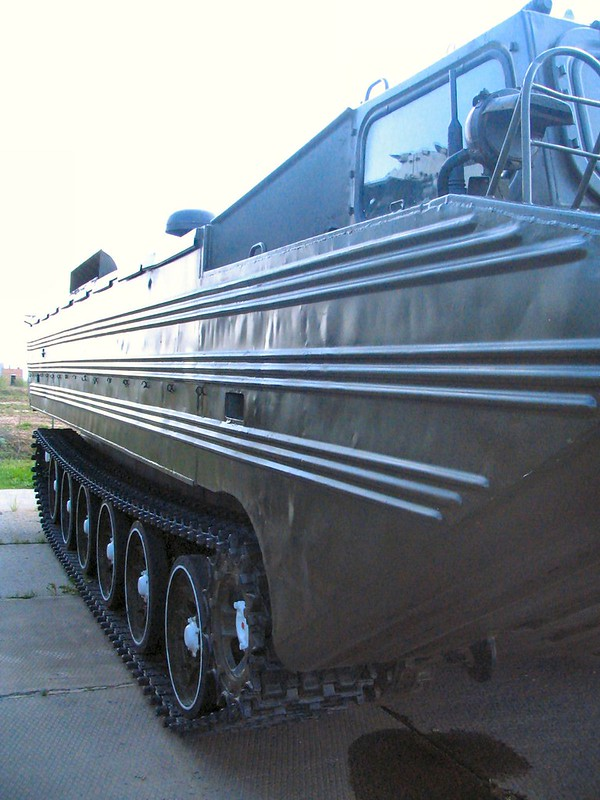 PTS-Mは、水陸両用輸送を追跡4