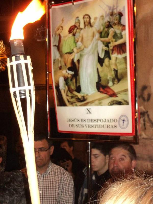 (2014-04-01) - V Vía Crucis nocturno -  Antonio Vázquez (01)