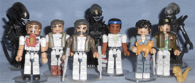 MiniMate - Alien Crew Figures