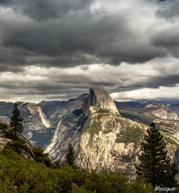 Dark clouds over Half Dome, seen from Glacier Point. Yosemite NP. California. VS