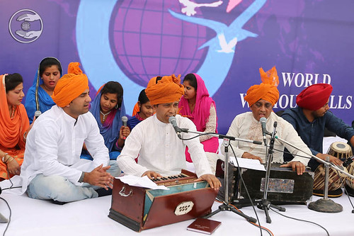 Devotional song by Rajan and Saathi from Jammu