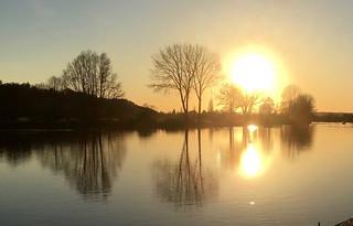 Bourne End sunset Maidenhead to Marlow walk