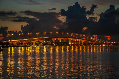 bridge sky usa night canon river photography dawn photo florida cloudy lagoon photograph predawn causeway indianriver jensenbeach cloids 70d lightswater indiariverlagoon