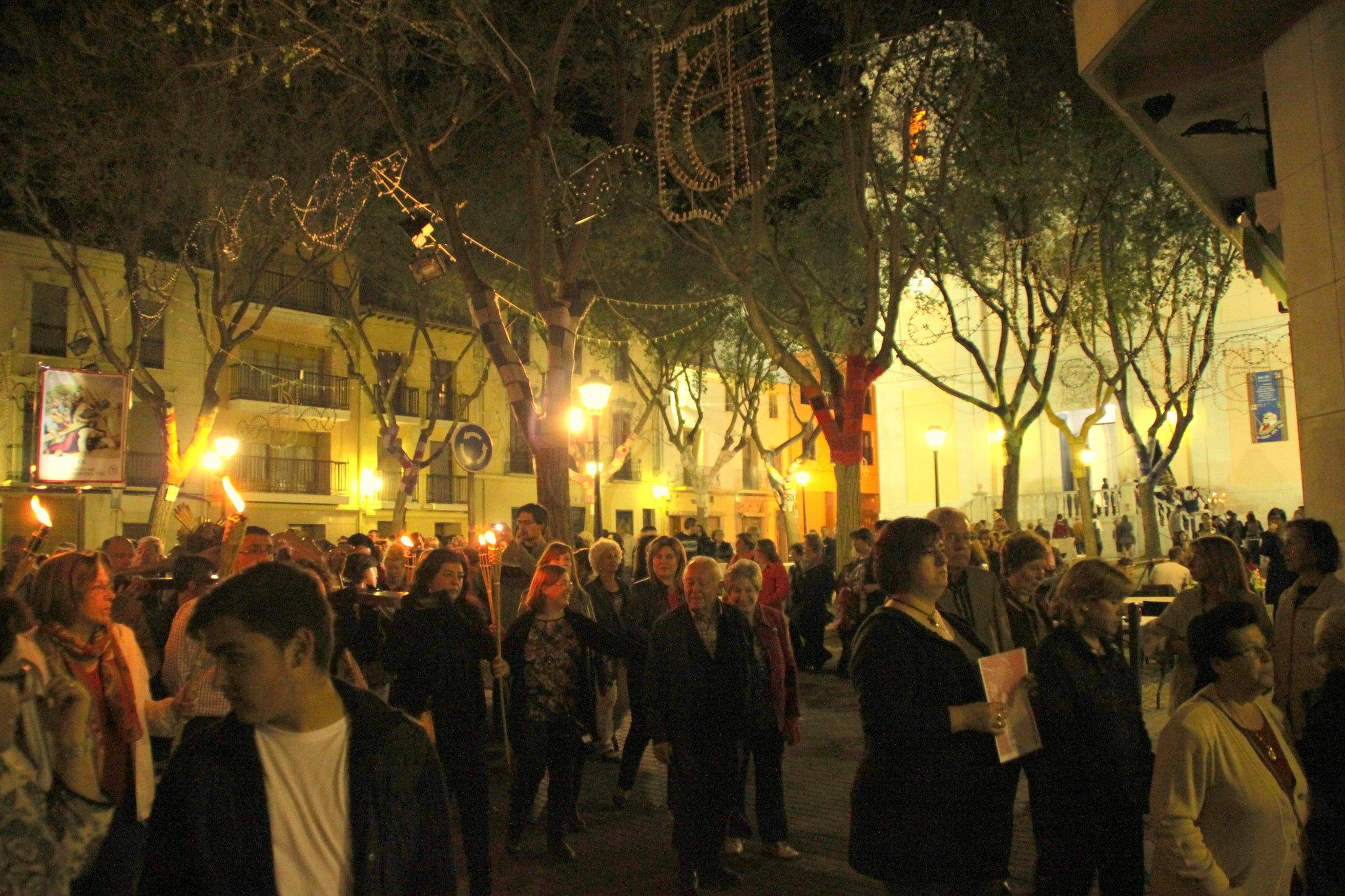 (2014-04-01) -  V Vía Crucis nocturno - Javier Romero Ripoll (86)