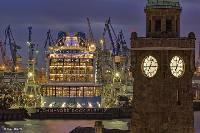 Blohm & Voss Dock Elbe 17 - 19031603
