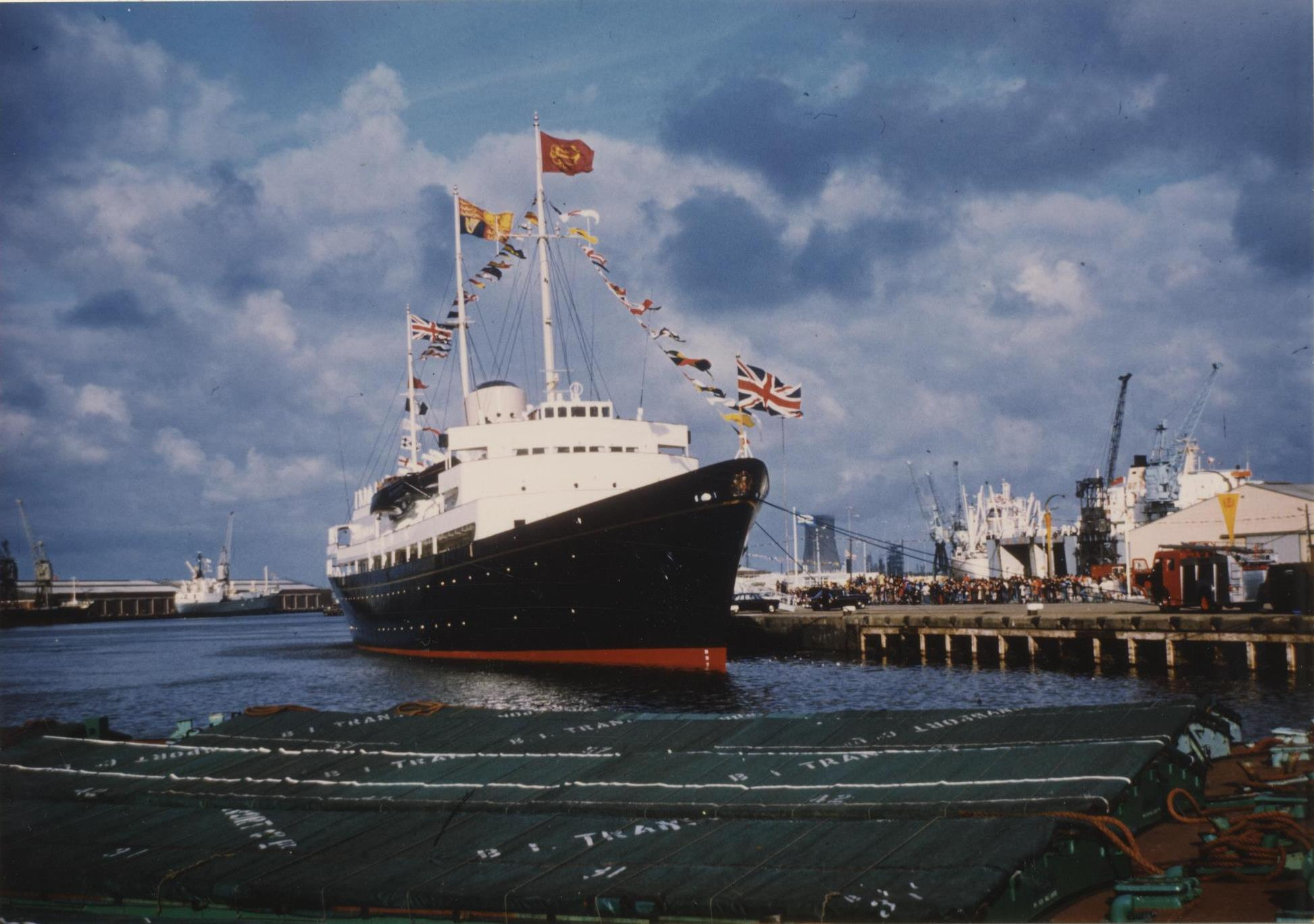 The Royal Yacht Britannia in King George Dock, Hull 13th July 1977 (archive ref CCHU-4-1-9-2)