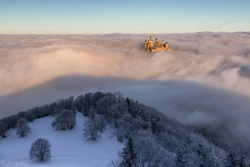 schnee winter mist snow castle clouds sunrise canon germany deutschland nebel wolken sonnenaufgang burg seaofclouds schwäbischealb hechingen hohenzollern 24105l wolkenmeer bisingen zellerhorn 7dmkii 7dii zellerhornwiese albstatdt 855münn