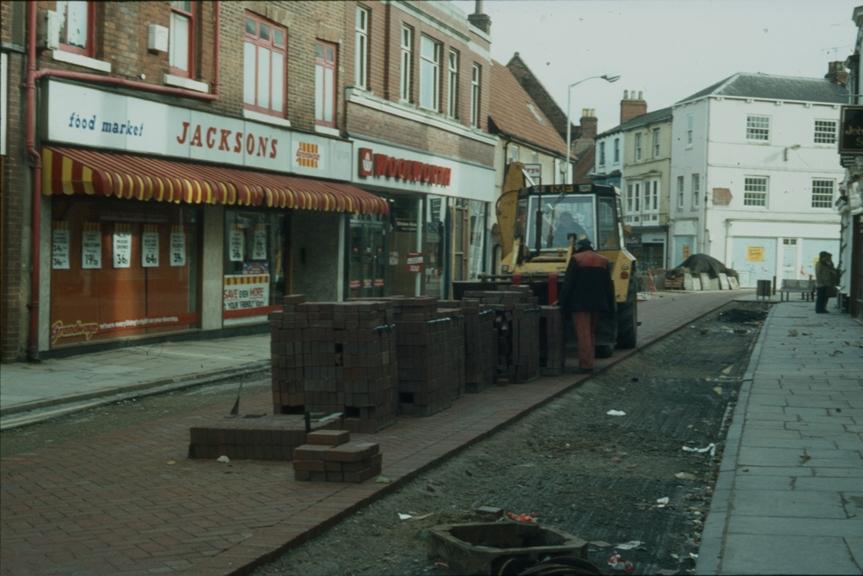 Toll Gavel undergoing pedestrianisation 1983 (archive ref CCHU231178)