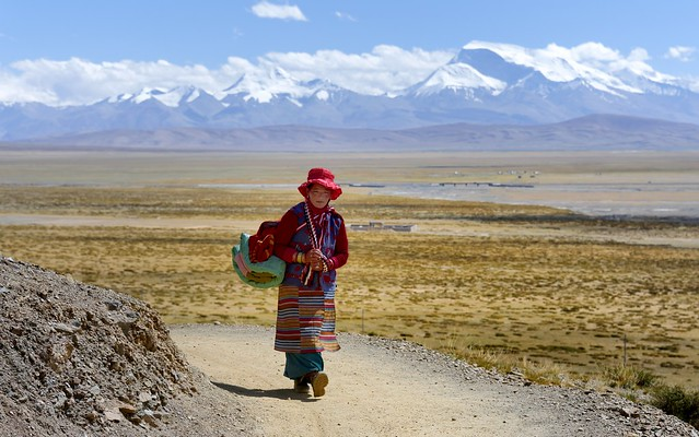 Tibetans start the real Kailash kora from out Darchen, Tibet 2015