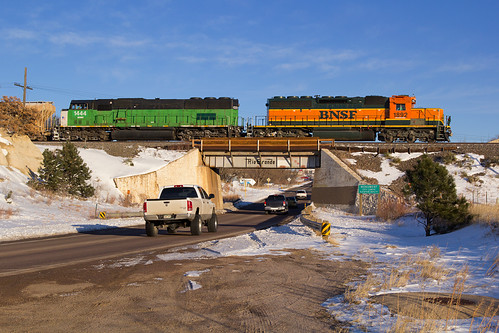 railroad monument train colorado bnsf riogrande emd sd402 sd60m snoot drgw jointline pikespeaklocal bnsf1444 bnsf1892