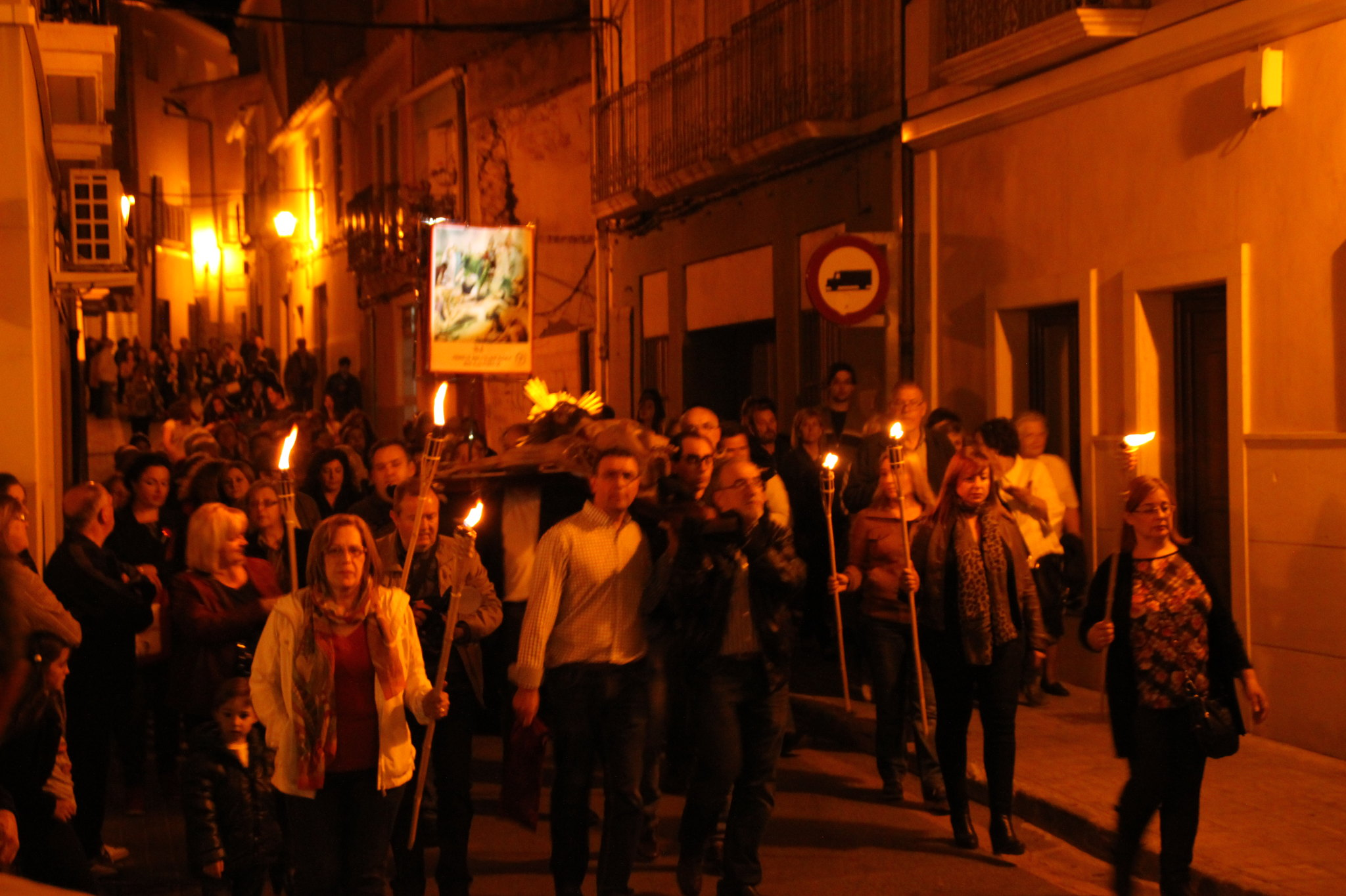 (2014-04-01) -  V Vía Crucis nocturno - Javier Romero Ripoll (120)