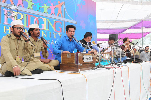 Devotional song by Mandeep and Saathi from Ludhiana