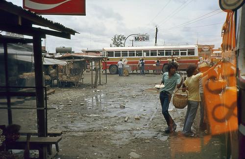 bus 1982 philippines mobil busstop 111 luzon petron pantranco