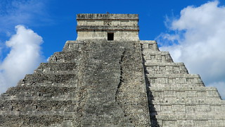 Mexico - Chichén Itzá; the Kukulcán pyramid | by Traveller-Reini