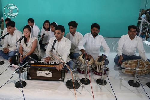 Avtar Bani by devotees from Bahadurgath