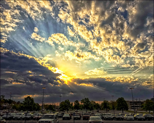 sky cloud storm clouds sunrise landscape nebraska omaha nik burst ops topaz iphone nikdefine nikcolorefx viveza2