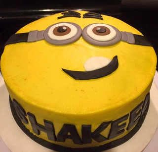 Pleasant Minion Cake By Jacksonville Fl Birthdaycakes4Free Co Flickr Funny Birthday Cards Online Kookostrdamsfinfo