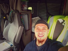 Why not ! A selfie & the view of my cab #freightliner #selfie #cre #atx #coveralls #trucklife #trucker