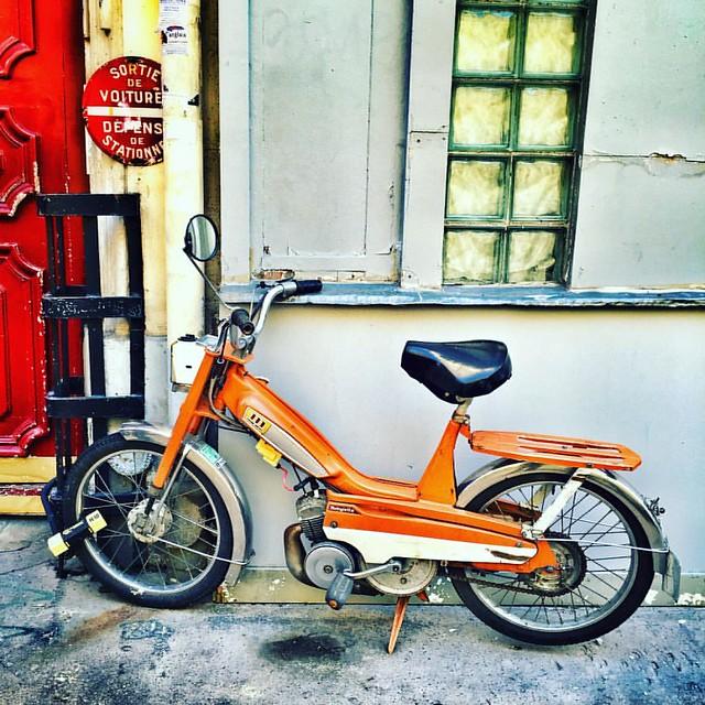 Mob #paris #street #bike #mobylette #orange #renaud #margerin #urban #city