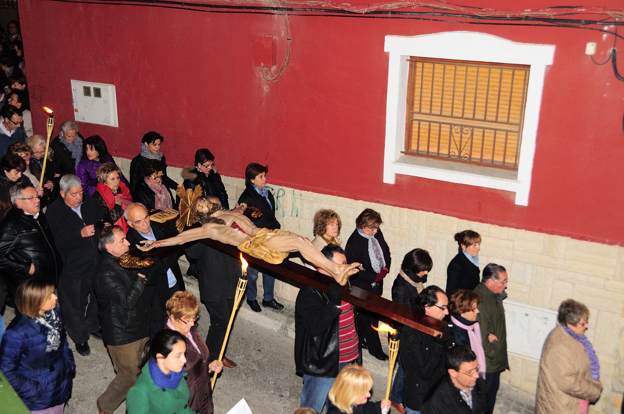 (2013-03-22) - IV Vía Crucis nocturno - Abraham de la Rosa (03)
