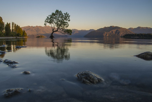 lake reflection island still waves no south low tripod calm nz below viewpoint wanaka height thatwanakatree