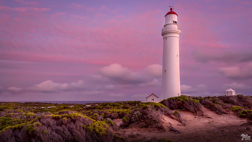lighthouse australia victoria bluehour capenelson capenelsonlighthouse