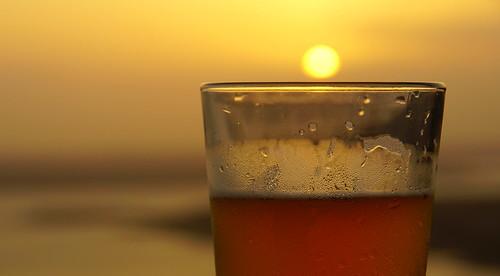 sunset beer austin texas brewery laketravis oasistexasbrewingcompany