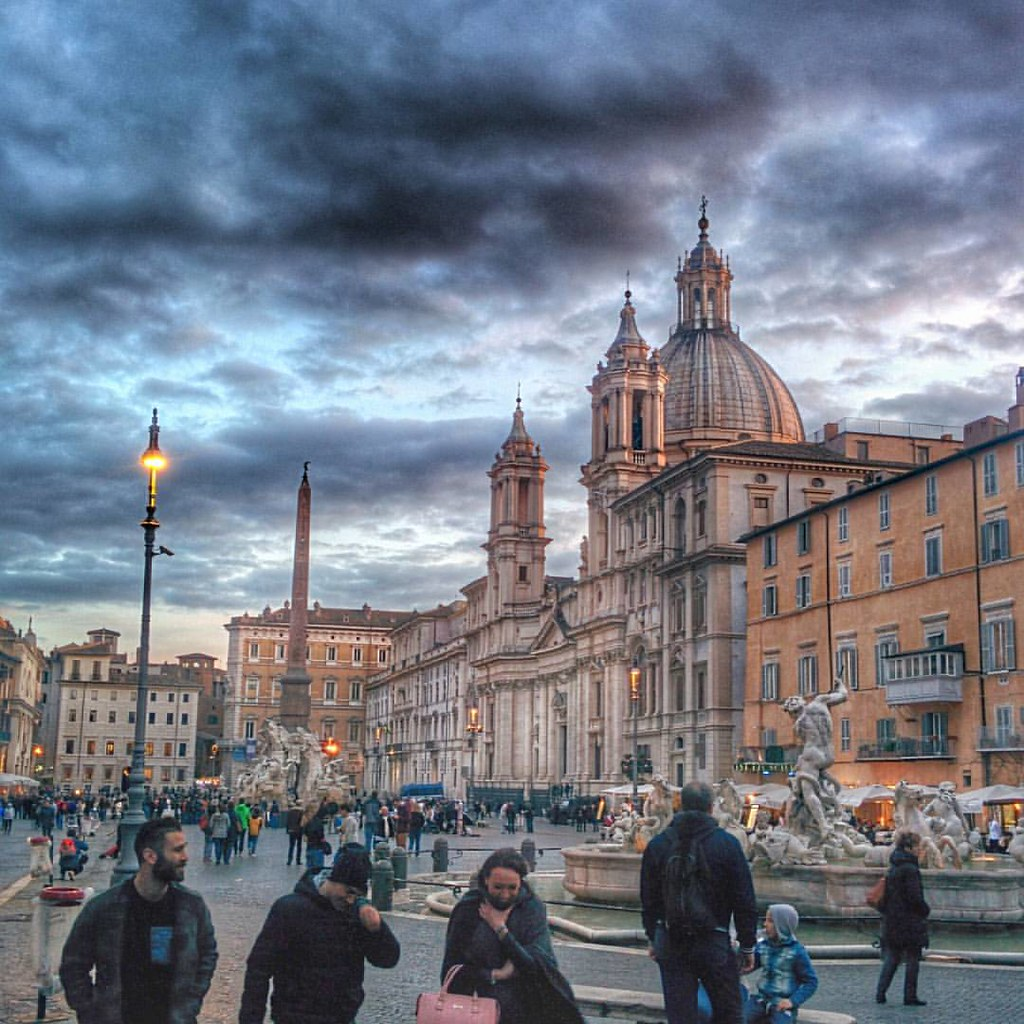 Piazza Navona last night. #roma #rome #piazzanavona #comeseibellaroma #sunset #igersroma #thisisrome #romeeveryday