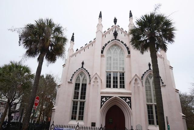 日, 2016-03-20 15:47 - Palmetto tree & church