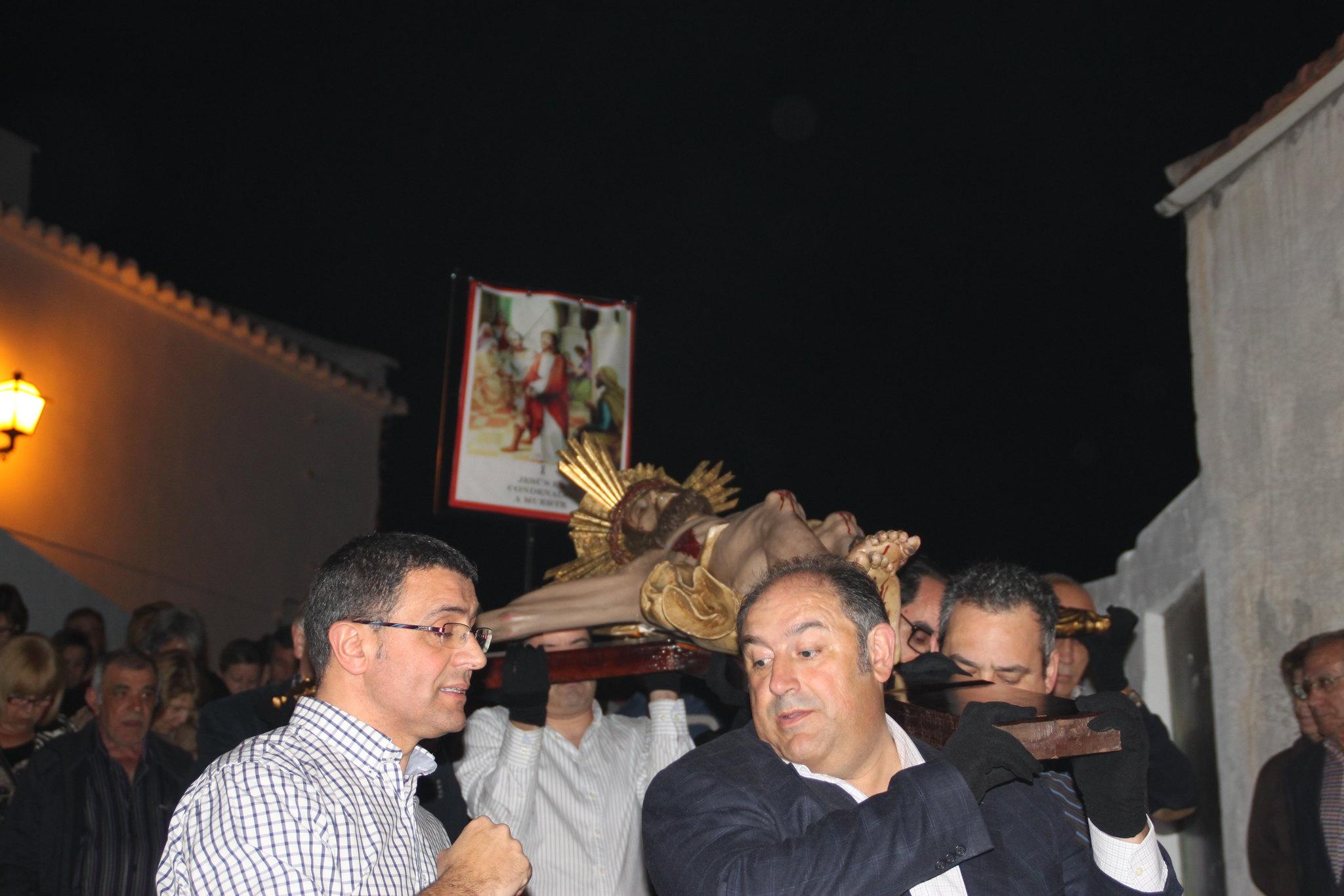 (2014-04-01) -  V Vía Crucis nocturno - Javier Romero Ripoll (13)