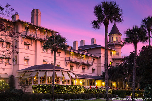 christmas travel pink blue sunset usa holiday history tourism beautiful sunrise ga georgia photography hotel us photo purple unitedstates image picture tourist historic christmaslights photograph destination jekyllisland touristattraction holidayseason holidaydisplay goldenisles jekyllislandclubhotel georgiacoast jekyllislandclub dawnamoorephotography dawnamoorephotographycom